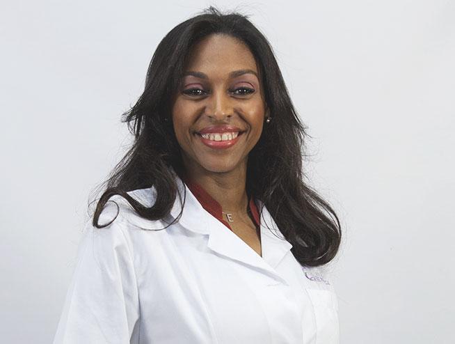 Dra. Electa Navarrete