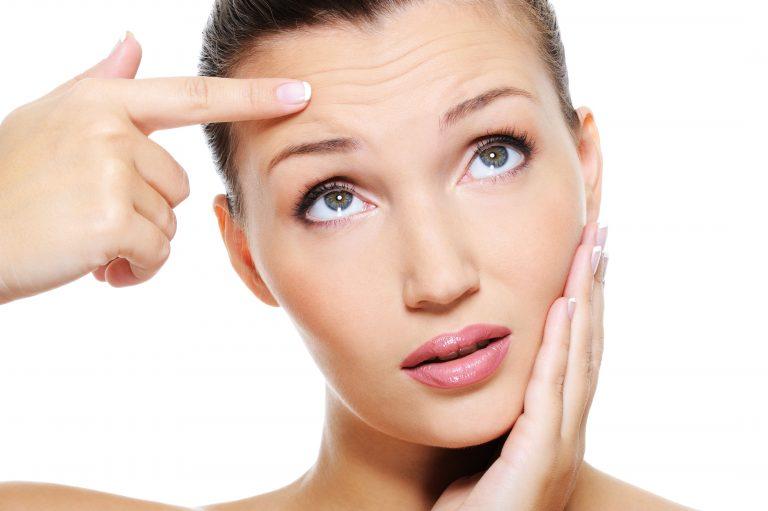 Cómo eliminar las arrugas y líneas de expresión según tu edad