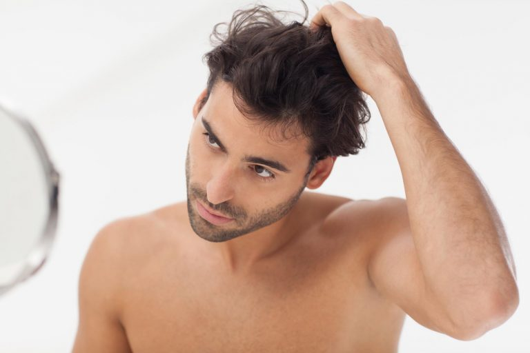 como cuidar el pelo del hombre