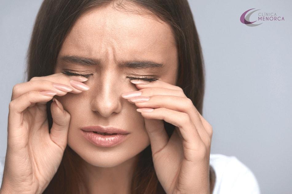 retención de líquido en los ojos